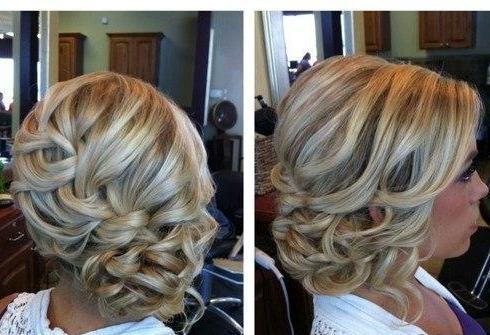 Причёски на волос средней длины